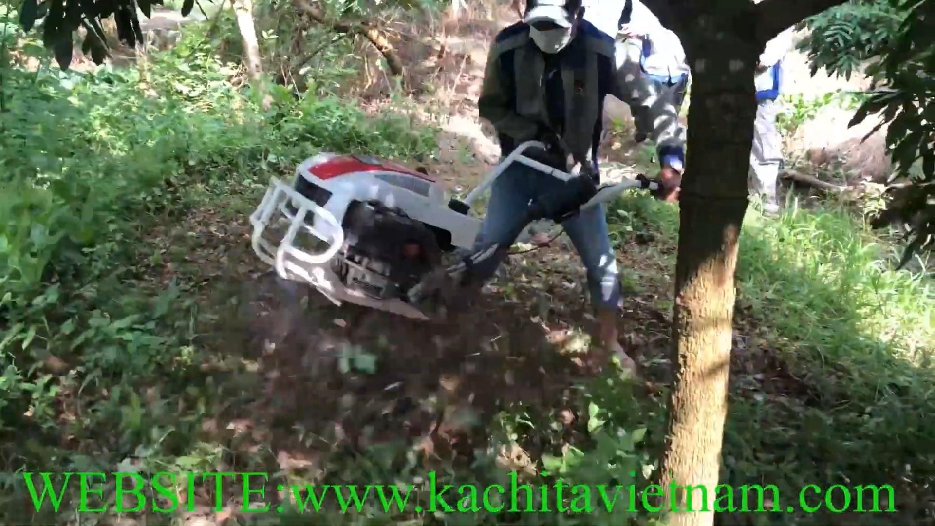 xạc cỏ vườn cây ăn trái bằng máy xới đất chạy xăng kachita