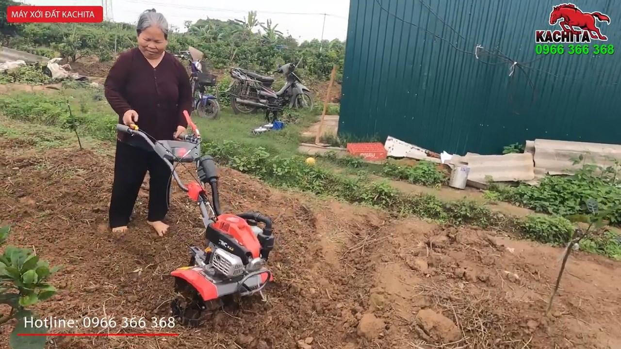 bác chủ nhà 70 tuổi xới đất bằng máy jp 88 dễ dàng